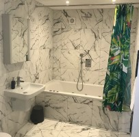 Marble effect bathroom